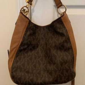 Authentic Michael Kors Bag with matching wallet